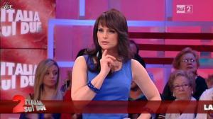Lorena Bianchetti dans Italia Sul Due - 16/05/12 - 30