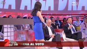 Lorena Bianchetti dans Italia Sul Due - 16/05/12 - 32