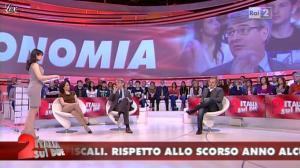 Lorena Bianchetti dans Italia Sul Due - 24/04/12 - 03