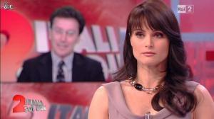 Lorena Bianchetti dans Italia Sul Due - 24/04/12 - 18