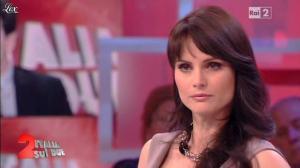Lorena Bianchetti dans Italia Sul Due - 24/04/12 - 20