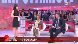 Lorena Bianchetti dans Italia Sul Due - 25/05/12 - 04