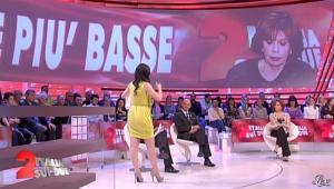 Lorena Bianchetti dans Italia Sul Due - 27/03/12 - 14