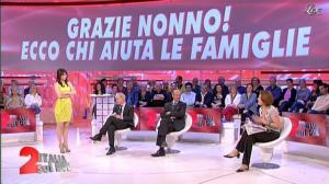 Lorena Bianchetti dans Italia Sul Due - 27/03/12 - 34