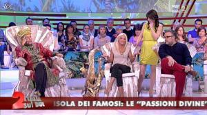 Lorena Bianchetti dans Italia Sul Due - 27/03/12 - 57