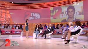 Lorena Bianchetti dans Italia Sul Due - 28/09/11 - 08
