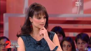 Lorena Bianchetti dans Italia Sul Due - 28/09/11 - 33