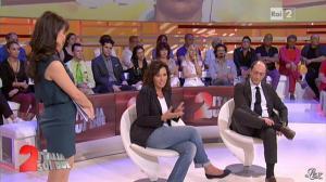 Lorena Bianchetti dans Italia Sul Due - 28/09/11 - 35