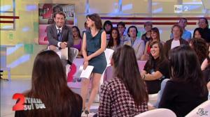 Lorena Bianchetti dans Italia Sul Due - 28/09/11 - 48