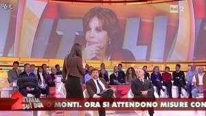 Lorena Bianchetti dans Italia Sul Due - 29/11/11 - 08