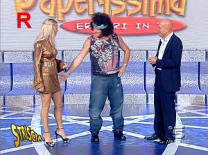 Michelle Hunziker dans Striscia la Notizia - 12/10/06 - 07