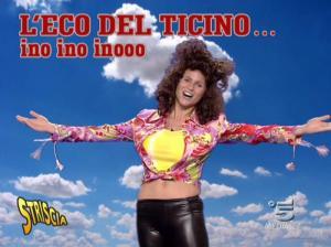 Michelle Hunziker dans Striscia la Notizia - 12/10/06 - 12