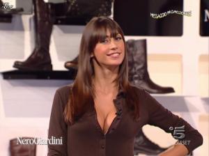 Michelle Hunziker, les Veline et Mélissa Satta dans Striscia la Notizia - 12/10/06 - 04