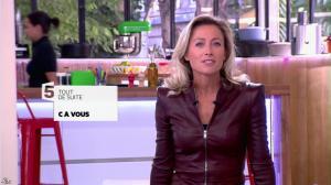 Anne-Sophie Lapix dans C à Vous - 16/09/13 - 02