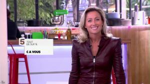 Anne-Sophie Lapix dans C à Vous - 16/09/13 - 04