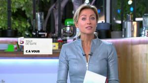 Anne-Sophie Lapix dans C à Vous - 29/10/13 - 02