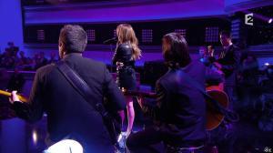 Céline Dion dans Céline Dion c est Votre Vie - 16/11/13 - 079