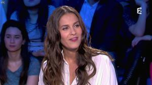 Elisa Tovati dans On n'est pas Couché - 22/02/14 - 04