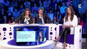 Elisa Tovati dans On n'est pas Couché - 22/02/14 - 14