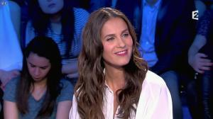 Elisa Tovati dans On n'est pas Couché - 22/02/14 - 16