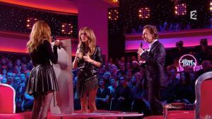 Julie Snyder et Céline Dion dans Céline Dion c'est Votre Vie - 16/11/13 - 034