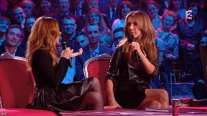 Julie Snyder et Céline Dion dans Céline Dion c est Votre Vie - 16/11/13 - 036