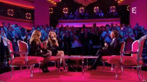 Julie Snyder et Céline Dion dans Céline Dion c'est Votre Vie - 16/11/13 - 037