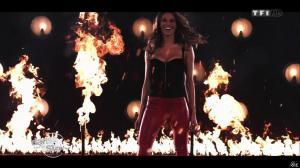 Laury Thilleman dans Danse avec les Stars - 28/09/13 - 03
