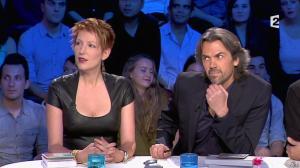Natacha Polony dans On n'est pas Couché - 26/10/13 - 10