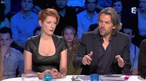 Natacha Polony dans On n'est pas Couché - 26/10/13 - 14