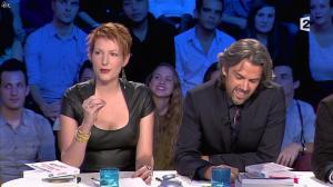 Natacha Polony dans On n'est pas Couché - 26/10/13 - 17