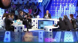 Natacha Polony dans On n'est pas Couché - 26/10/13 - 25