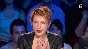Natacha Polony dans On n'est pas Couché - 26/10/13 - 28