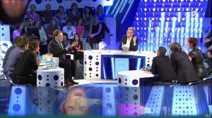 Natacha Polony dans On n'est pas Couché - 26/10/13 - 30