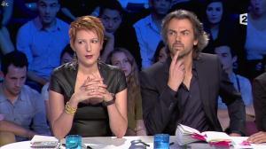 Natacha Polony dans On n'est pas Couché - 26/10/13 - 31