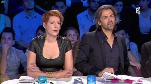 Natacha Polony dans On n'est pas Couché - 26/10/13 - 36