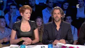 Natacha Polony dans On n'est pas Couché - 26/10/13 - 38