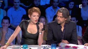 Natacha Polony dans On n'est pas Couché - 26/10/13 - 39