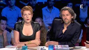 Natacha Polony dans On n'est pas Couché - 26/10/13 - 76