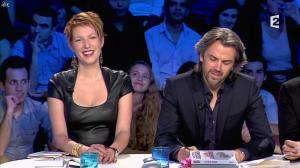Natacha Polony dans On n'est pas Couché - 26/10/13 - 80