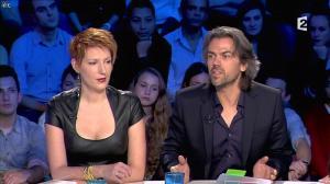 Natacha Polony dans On n'est pas Couché - 26/10/13 - 85