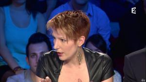 Natacha Polony dans On n'est pas Couché - 26/10/13 - 92