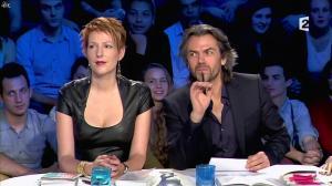 Natacha Polony dans On n'est pas Couché - 26/10/13 - 96