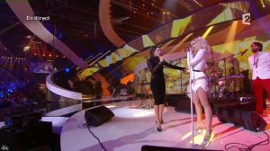 Virginie Guilhaume et Hollysiz dans les Victoires de la Musique - 14/02/14 - 04