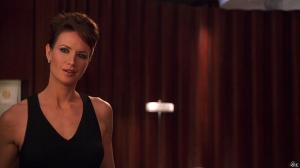 Kelly Lynch dans Charlie et ses droles de Dames - 26/12/14 - 06