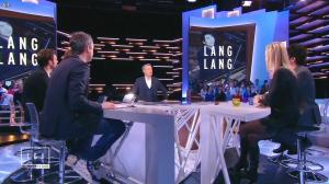 Laurence Ferrari dans le Grand Journal de Canal Plus - 16/01/15 - 05