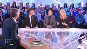 Laurence Ferrari dans le Grand Journal de Canal Plus - 16/01/15 - 12