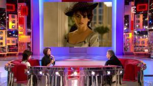 Penelope Cruz et Lio dans Vivement Dimanche - 21/02/10 - 05