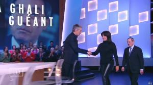 Samia Ghali dans le Grand Journal de Canal Plus - 21/01/15 - 02