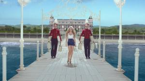 Shakira dans Publicité pour Costa Croisieres - 29/12/15 - 01